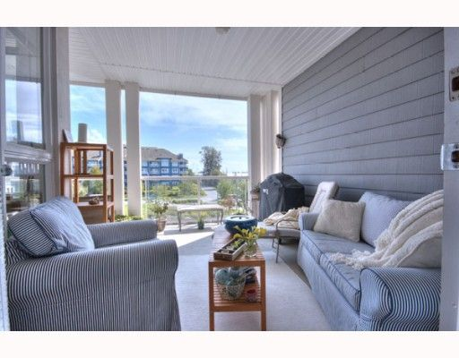 """Photo 4: Photos: 323 4600 WESTWATER Drive in Richmond: Steveston South Condo for sale in """"COPPER SKY"""" : MLS®# V757360"""