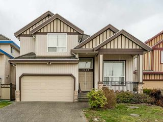Photo 1: 7420 124B Street in Surrey: West Newton House for sale : MLS®# R2540263