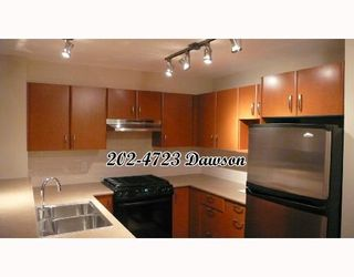 """Photo 2: 202 4723 DAWSON Street in Burnaby: Parkcrest Condo for sale in """"COLLAGE"""" (Burnaby North)  : MLS®# V659344"""
