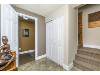 Photo 2: 17342 62A Avenue in Surrey: Cloverdale BC House for sale (Cloverdale)  : MLS®# R2168686