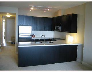 "Photo 6: 401 9320 UNIVERSITY Crescent in Burnaby: Simon Fraser Univer. Condo for sale in ""ONE UNIVERSITY CRESCENT"" (Burnaby North)  : MLS®# V646533"