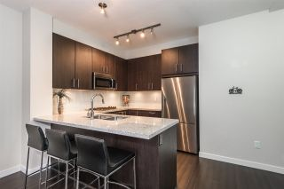 """Photo 6: 401 119 W 22ND Street in North Vancouver: Central Lonsdale Condo for sale in """"Anderson Walk"""" : MLS®# R2436594"""