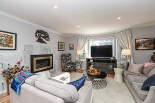 Photo 4: 2588 Ulverston Ave in : CV Cumberland House for sale (Comox Valley)  : MLS®# 859843