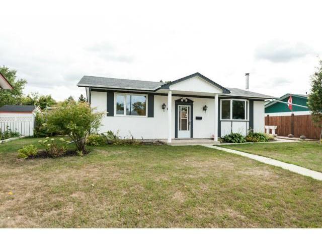 Main Photo: 62 Gosford Avenue in WINNIPEG: St Vital Residential for sale (South East Winnipeg)  : MLS®# 1219942