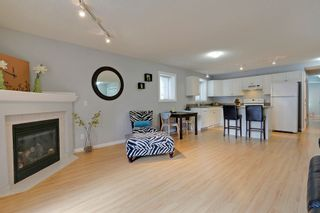 Photo 4:  in Calgary: Apartment for sale : MLS®# C4010902