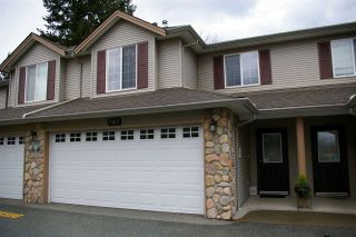 "Photo 1: 107 46451 MAPLE Avenue in Chilliwack: Chilliwack E Young-Yale Townhouse for sale in ""Fairlane"" : MLS®# R2255667"
