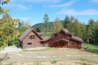 Main Photo: 3431 KINGBURNE DRIVE in COBBLE HILL: House for sale : MLS®# 283933