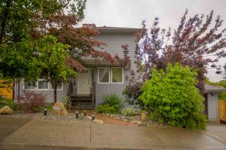 """Photo 1: 2558 STEEPLE Court in Coquitlam: Upper Eagle Ridge House for sale in """"UPPER EAGLE RIDGE"""" : MLS®# R2082619"""