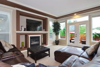 """Photo 3: 7880 211B Street in Langley: Willoughby Heights House for sale in """"YORKSON"""" : MLS®# F1421828"""