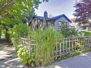 """Photo 19: 2185 COLLINGWOOD Street in Vancouver: Kitsilano House for sale in """"Kitsilano"""" (Vancouver West)  : MLS®# R2311078"""
