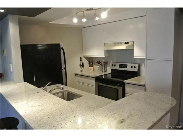 Photo 3: Photos: 430 River Avenue in WINNIPEG: Fort Rouge / Crescentwood / Riverview Condominium for sale (South Winnipeg)  : MLS®# 1508495