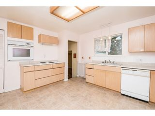 Photo 7: 2052 VINEWOOD Street in Abbotsford: Central Abbotsford House for sale : MLS®# R2129991