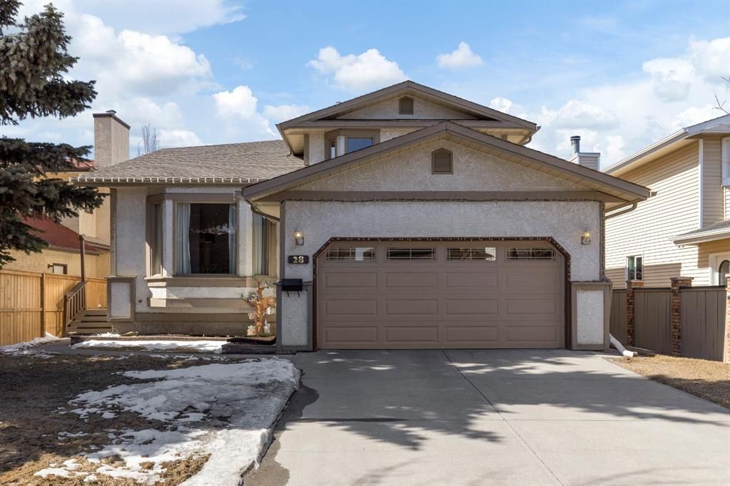 Main Photo: 28 Scenic Acres Drive NW in Calgary: Scenic Acres Detached for sale : MLS®# A1089727
