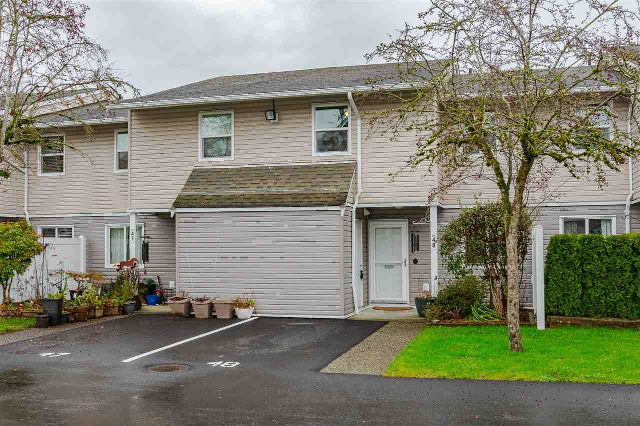 """Main Photo: 48 5307 204 Street in Langley: Langley City Townhouse for sale in """"MCMILLAN PLACE"""" : MLS®# R2535086"""