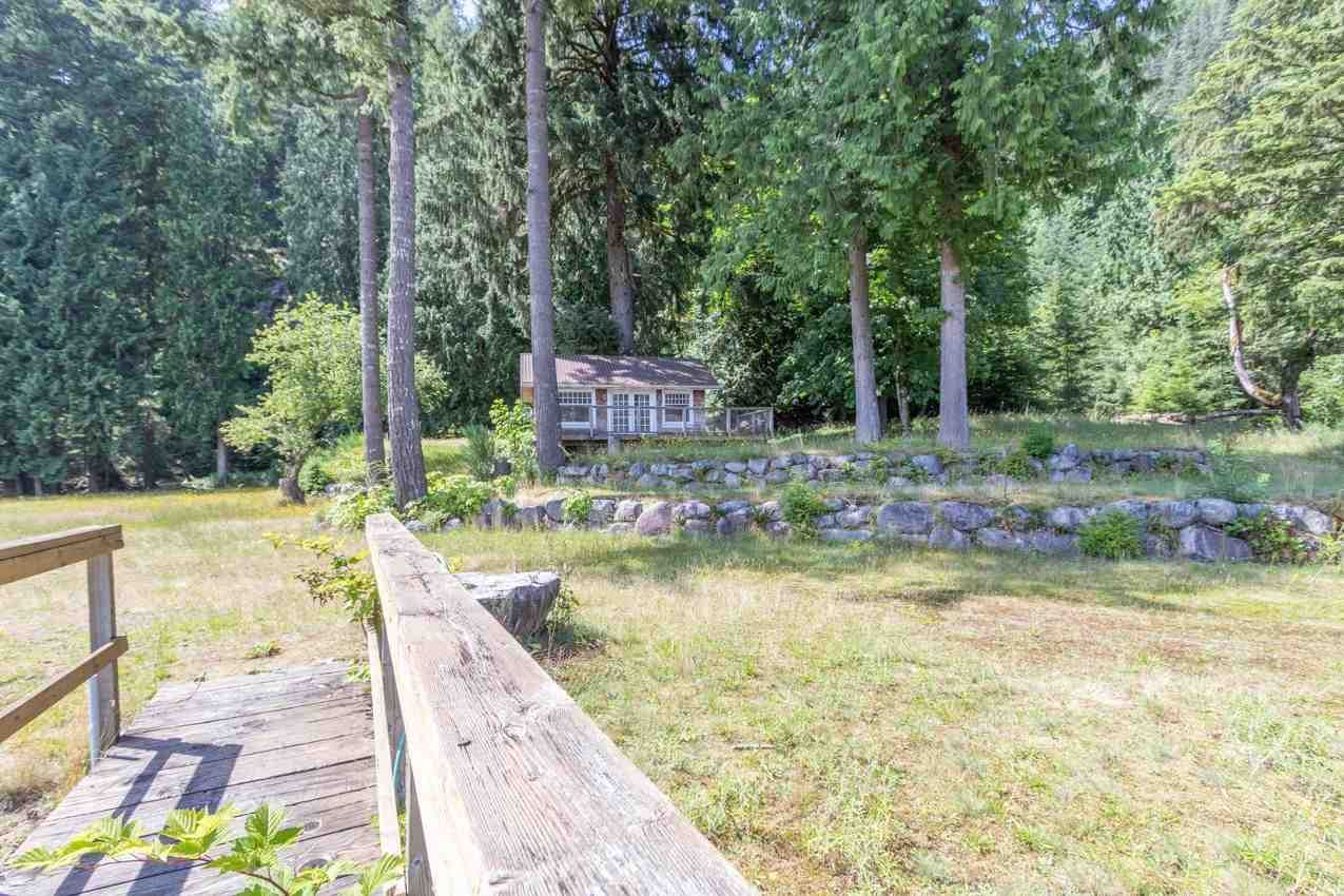 "Photo 7: Photos: LOT D FRAMES Landing in North Vancouver: Indian Arm House for sale in ""ORLOHMA BEACH"" : MLS®# R2479361"