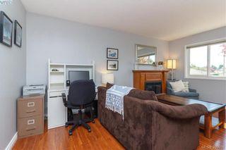 Photo 5: 622 Broadway St in VICTORIA: SW Glanford Half Duplex for sale (Saanich West)  : MLS®# 797925