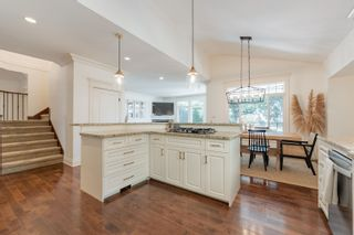 """Photo 5: 15 3800 GOLF COURSE Drive in Abbotsford: Abbotsford East House for sale in """"Ledgeview Estates"""" : MLS®# R2613568"""