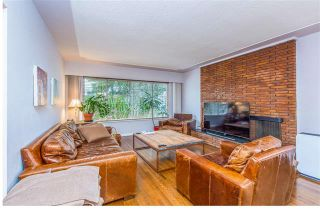 Photo 1: 2868 Edgemont Boulevard in North Vancouver: Edgemont House for sale