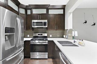 "Photo 13: 257 2175 SALAL Drive in Vancouver: Kitsilano Condo for sale in ""SAVONA"" (Vancouver West)  : MLS®# R2539633"