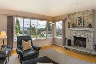 Photo 4: 1747 THOMAS Avenue in Coquitlam: Central Coquitlam House for sale : MLS®# R2268277