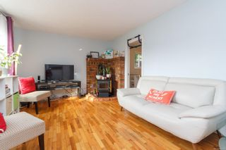 Photo 3: 728 Danbrook Ave in : La Langford Proper Half Duplex for sale (Langford)  : MLS®# 858966