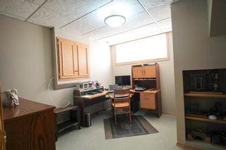 Photo 16: 83 Burke Bay in Winnipeg: Royalwood Residential for sale (2J)  : MLS®# 202009870