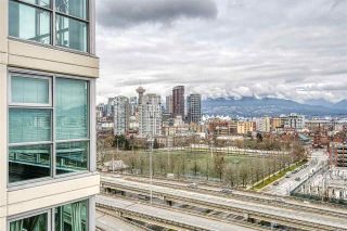 """Photo 13: 1402 125 MILROSS Avenue in Vancouver: Downtown VE Condo for sale in """"CREEKSIDE"""" (Vancouver East)  : MLS®# R2436108"""