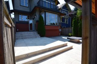 Photo 3: 3261 W 2ND AVENUE in Vancouver: Kitsilano 1/2 Duplex for sale (Vancouver West)  : MLS®# R2393995