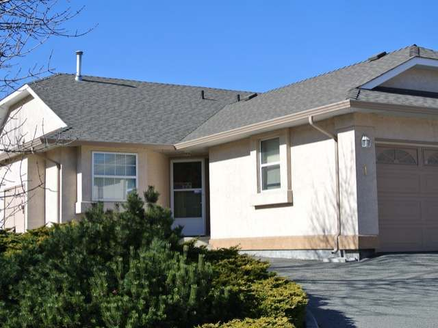 Main Photo: 1 1750 MCKINLEY Court in : Sahali Townhouse for sale (Kamloops)  : MLS®# 125907