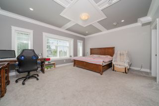 Photo 12: 6078 181A Street in Surrey: Cloverdale BC House for sale (Cloverdale)  : MLS®# R2492359