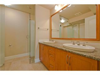 Photo 5: 206 2103 W 45th Avenue in Vancouver: Kerrisdale Condo for sale (Vancouver West)  : MLS®# V1035439