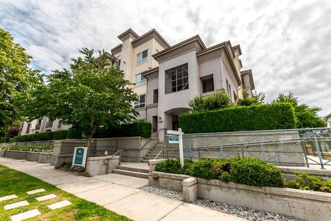 """Main Photo: 326 5500 ANDREWS Road in Richmond: Steveston South Condo for sale in """"SOUTHWATER"""" : MLS®# R2187848"""