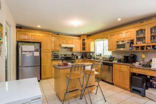 Photo 6: 8495 144 Street in Surrey: Bear Creek Green Timbers House for sale : MLS®# R2162725
