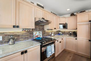 """Photo 8: 828 PARKER Street: White Rock House for sale in """"EAST BEACH"""" (South Surrey White Rock)  : MLS®# R2607727"""