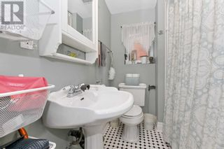 Photo 12: 30 ONTARIO AVE in Hamilton: House for sale : MLS®# X5372073