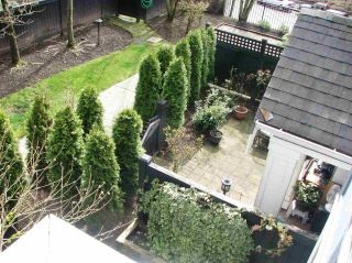 """Photo 18: 7436 MAGNOLIA Terrace in Burnaby: Highgate Townhouse for sale in """"CAMARILLO"""" (Burnaby South)  : MLS®# R2255911"""