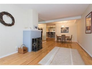 Photo 1: 7 2077 3RD Ave W in Vancouver West: Kitsilano Home for sale ()  : MLS®# V987614