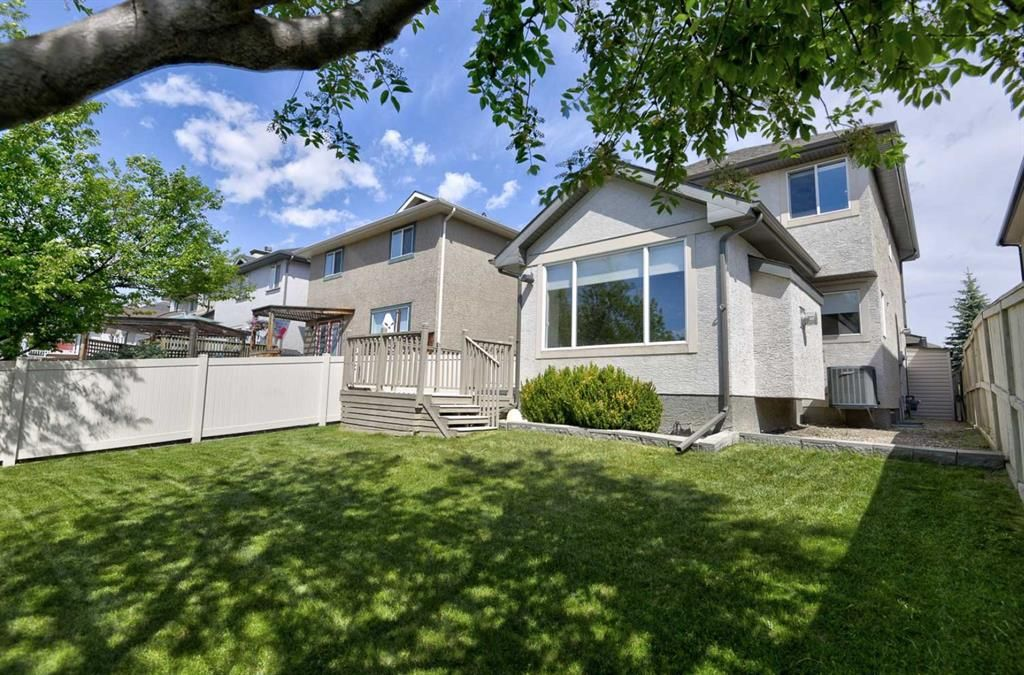 Photo 38: Photos: 106 Everwillow Close SW in Calgary: Evergreen Detached for sale : MLS®# A1116249
