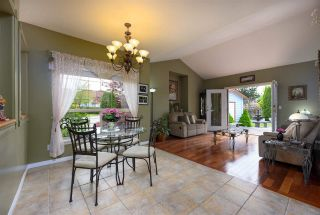 Photo 6: 3003 NECHAKO Crescent in Port Coquitlam: Riverwood House for sale : MLS®# R2466530
