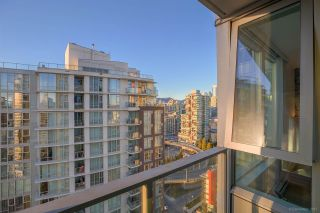 Photo 13: 2701 1495 RICHARDS STREET in Vancouver: Yaletown Condo for sale (Vancouver West)  : MLS®# R2137355