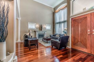 Photo 3: 1571 TOPAZ Court in Coquitlam: Westwood Plateau House for sale : MLS®# R2198600