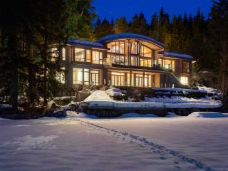 """Photo 19: 8993 TRUDY'S Landing in Whistler: Emerald Estates House for sale in """"Trudy's Landing"""" : MLS®# R2524419"""