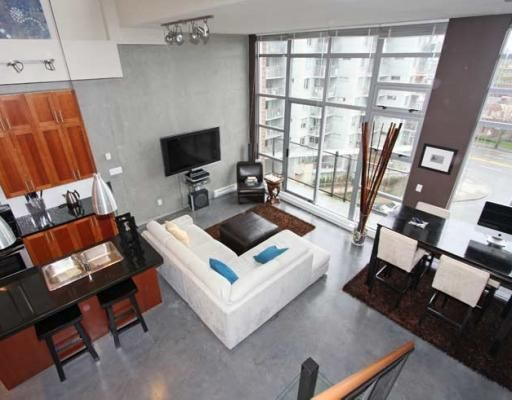 "Main Photo: 605 2635 PRINCE EDWARD Street in Vancouver: Mount Pleasant VE Condo for sale in ""SOMA LOFTS"" (Vancouver East)  : MLS®# V761642"