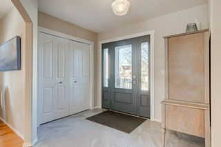 Photo 10: 32 Discovery Ridge Court SW in Calgary: Discovery Ridge Detached for sale : MLS®# A1114424