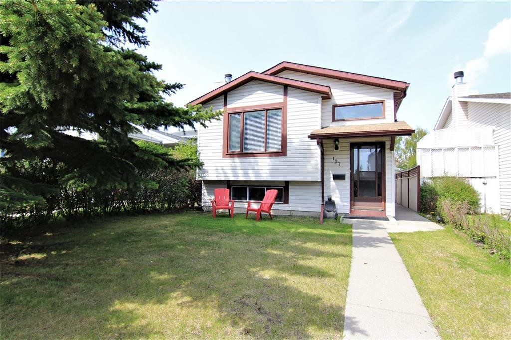 Main Photo:  in Calgary: Millrise Detached for sale : MLS®# C4306441