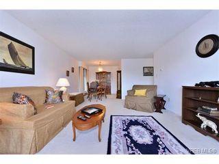 Photo 5: 405 955 Dingley Dell in VICTORIA: Es Kinsmen Park Condo for sale (Esquimalt)  : MLS®# 718107