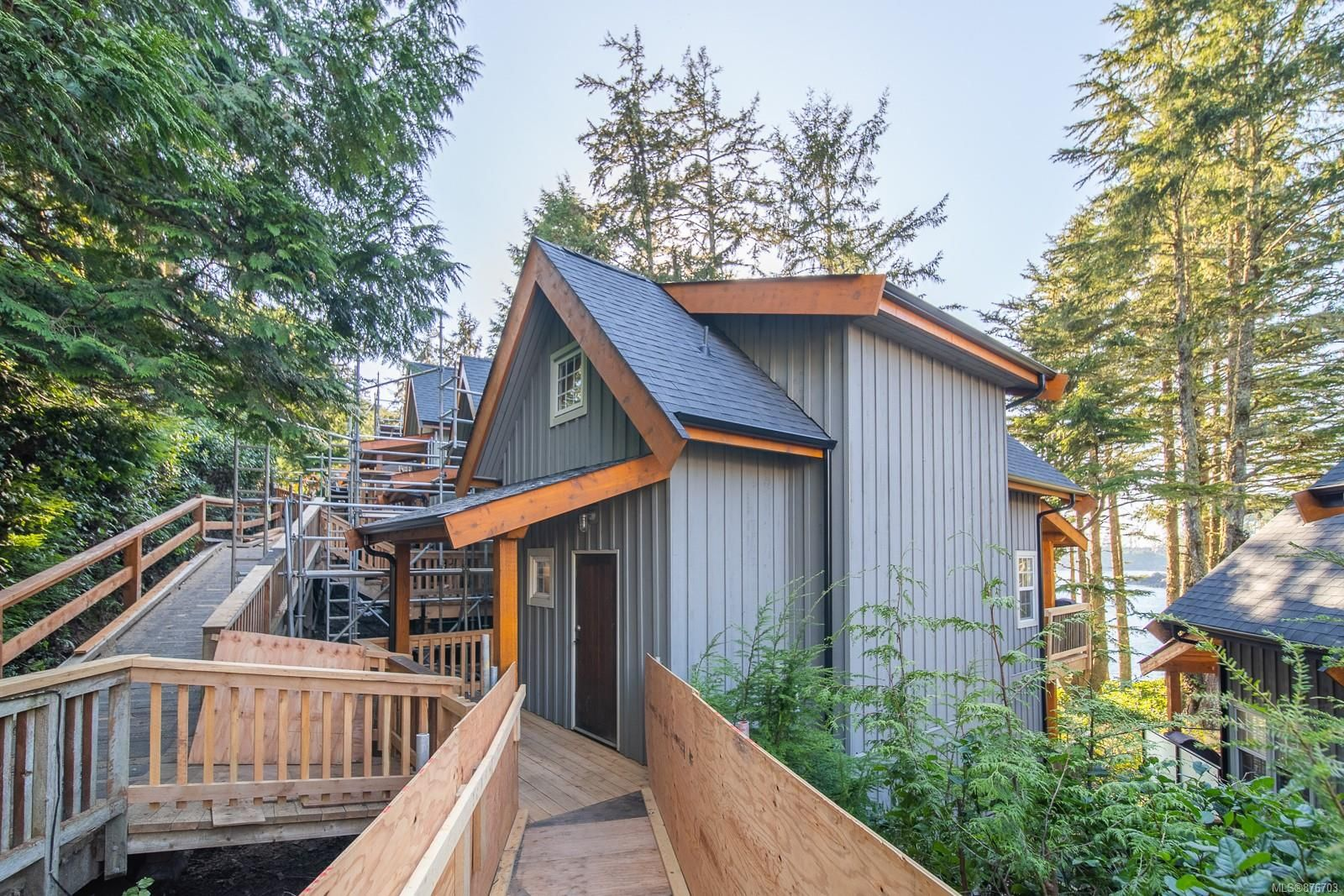 Main Photo: 22 1002 Peninsula Rd in : PA Ucluelet House for sale (Port Alberni)  : MLS®# 876703