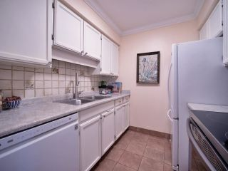 """Photo 15: 1351 W 8TH Avenue in Vancouver: Fairview VW Townhouse for sale in """"FAIRVIEW VILLAGE"""" (Vancouver West)  : MLS®# R2578868"""