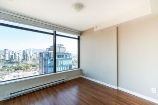 """Photo 15: 1107 1068 W BROADWAY in Vancouver: Fairview VW Condo for sale in """"The Zone"""" (Vancouver West)  : MLS®# R2489887"""