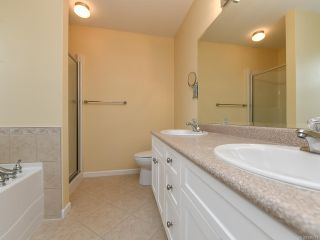 Photo 25: 106 2077 St Andrews Way in COURTENAY: CV Courtenay East Row/Townhouse for sale (Comox Valley)  : MLS®# 836791